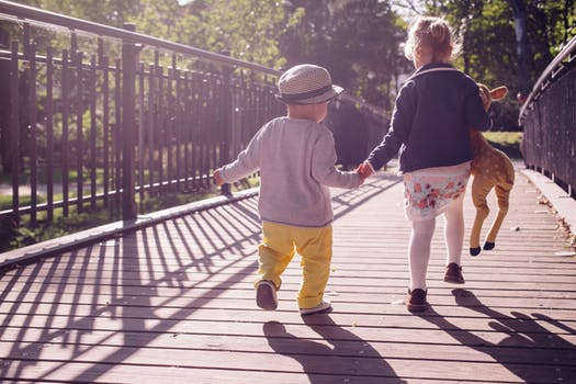 Healthy feet & toes: choosing shoes for new walkers